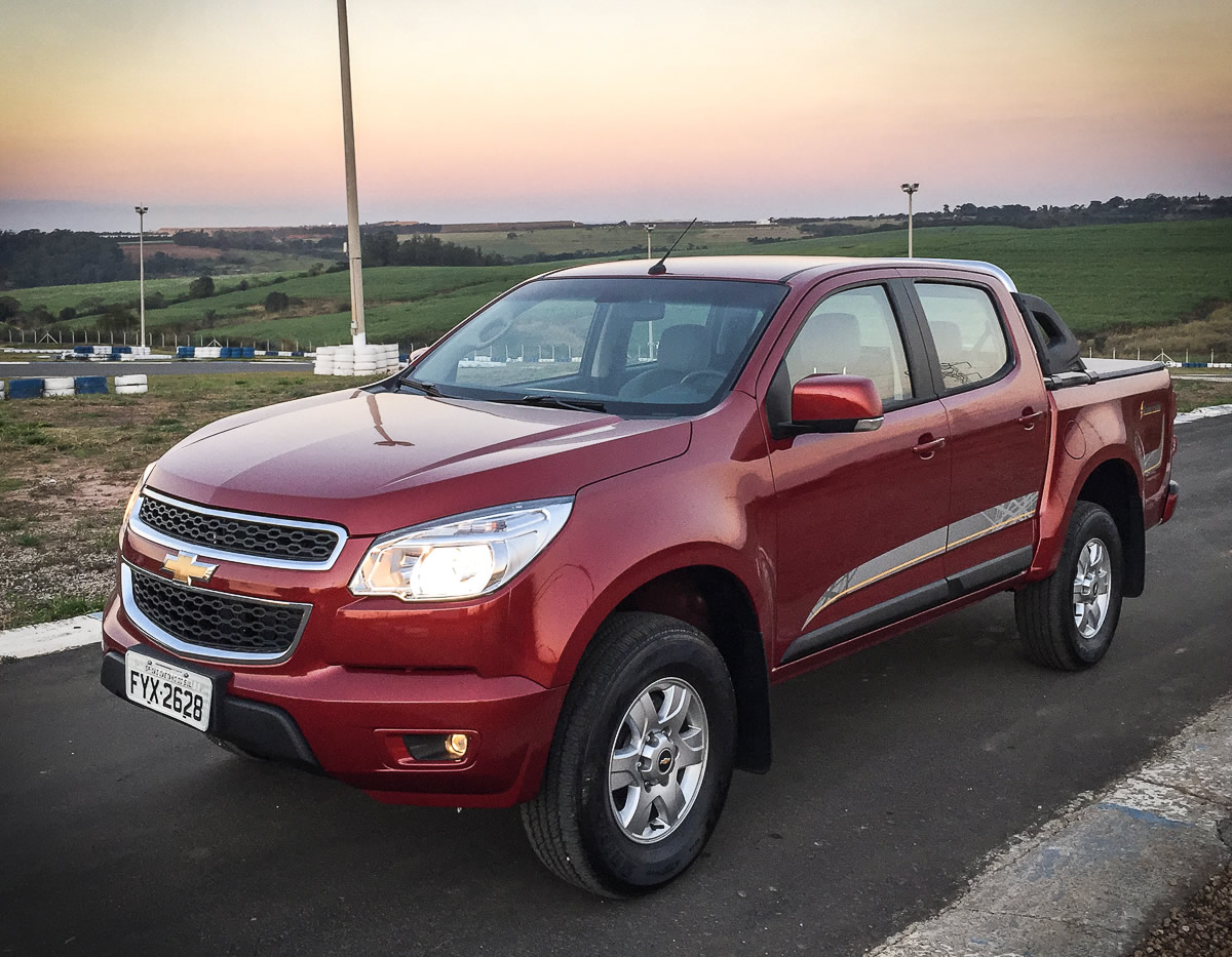 2014 chevy captiva made in autos post. Black Bedroom Furniture Sets. Home Design Ideas
